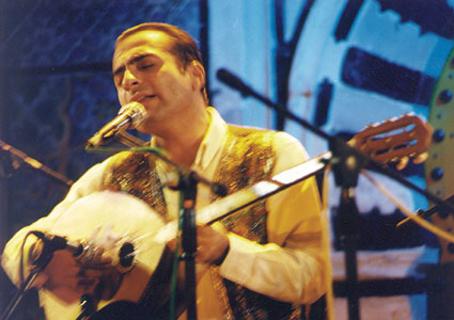http://www.issahassan.com/photos/phot2.jpg